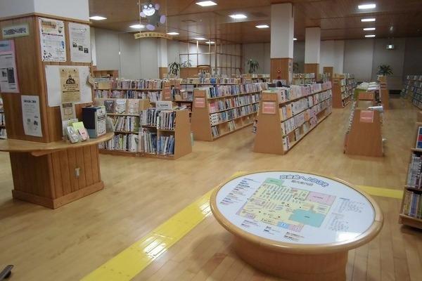 綾てるは図書館