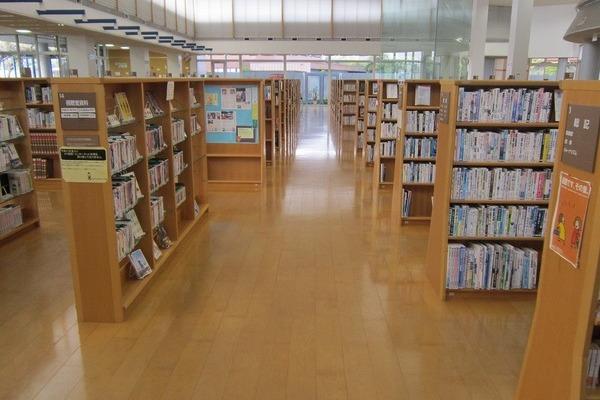 大和町図書館(ウェルネス大和)